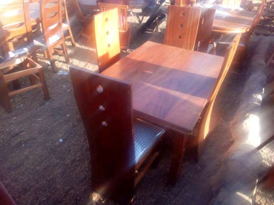 4seater dinning tables