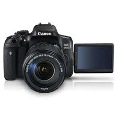 Canon EOS 750D with 18-135mm  stm Lens image 2