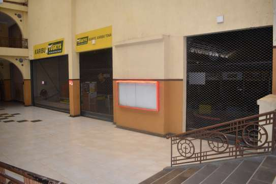 commercial property for rent in Ngong Road image 7
