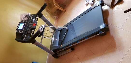 Home use Treadmill Ishine-8L image 1