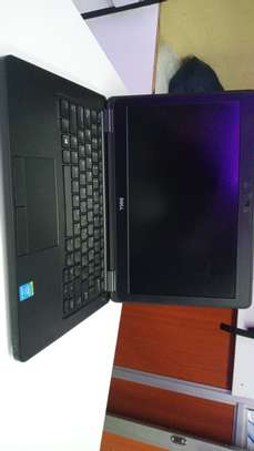 Dell 5250 image 1