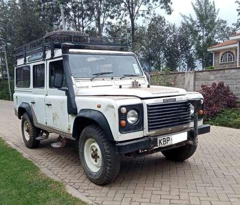 Land Rover Defender 110 image 1