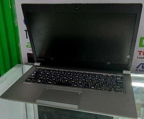 Toshiba z 30 coi5 laptop image 2