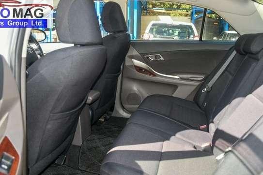 Toyota Allion image 3