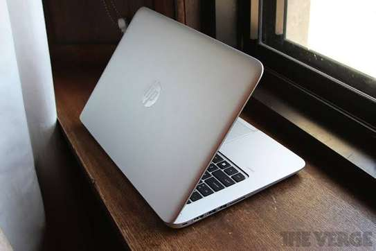 Sleek laptop HP folio 9480m image 1