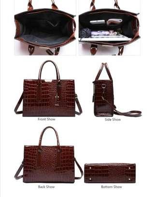 Handbag image 3