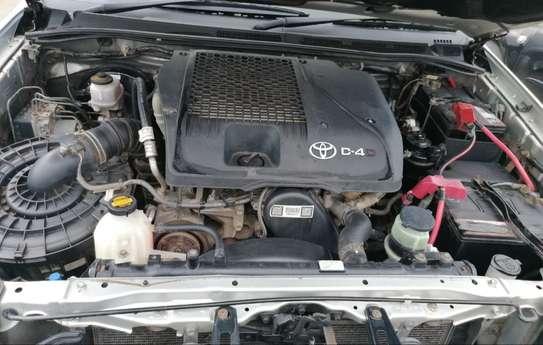 Toyota Hilux 2.5 image 7