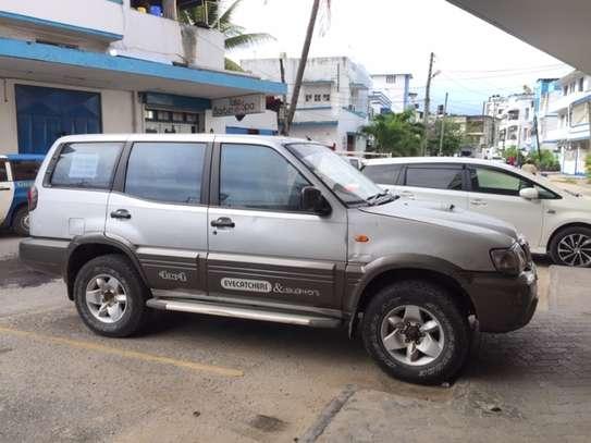 Nissan Terrano image 4