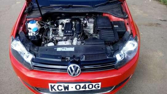 Volkswagen Golf image 6