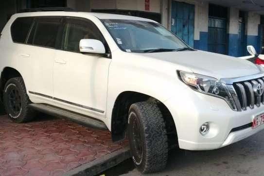 Toyota Land Cruiser PRADO image 3