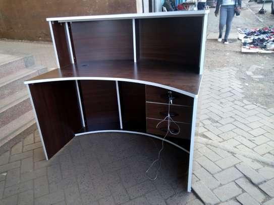 Curved Reception Desks image 3