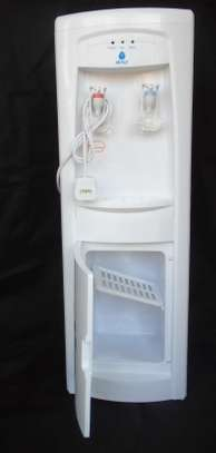 Hot and Cold Water Dispenser-White NUNIX image 2