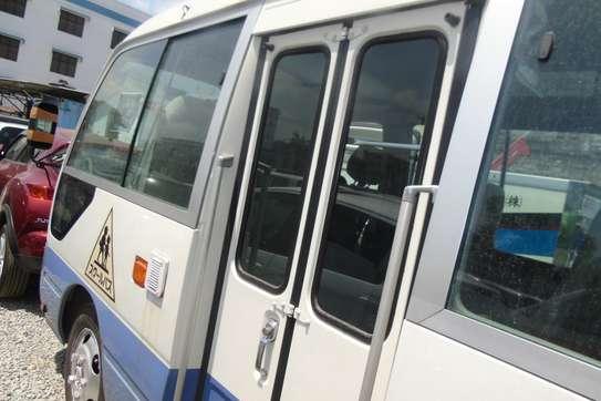 Toyota Coaster image 11