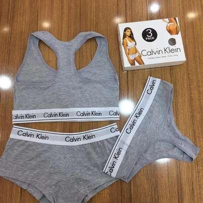 Ladies underwears calvin Klein image 5