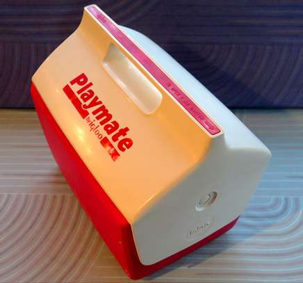 BRAND NAME IGLOO PLAYMATE ELITE 16 Qt. ICE CHEST / RED BODY WITH WHITE LID MADE IN THE USA image 4