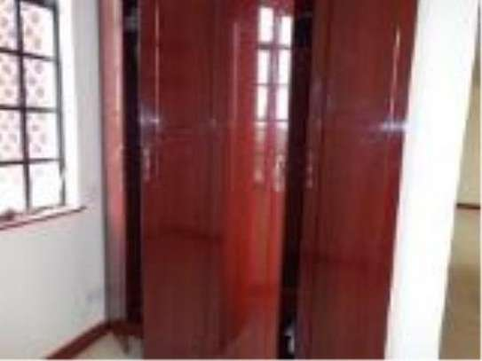 2 bedroom apartment for rent in Highrise image 4