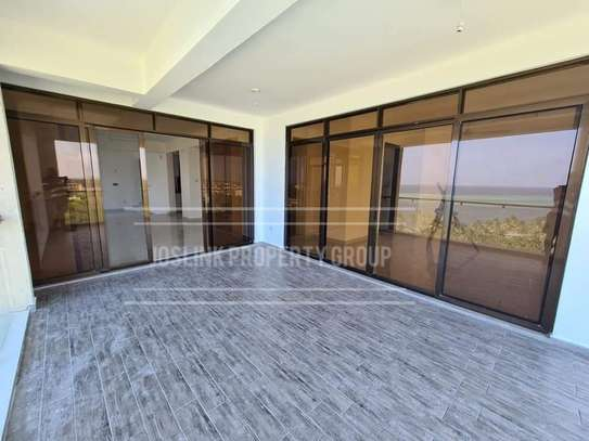4 bedroom apartment for sale in Nyali Area image 15