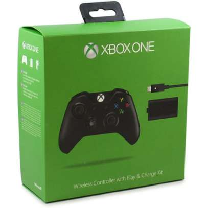 XBOX ONE Controller Play And Charge Kit image 6