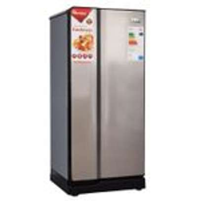 Ramtons RF/219 - Single Door Refrigerator - 165L - Titan Silver image 1