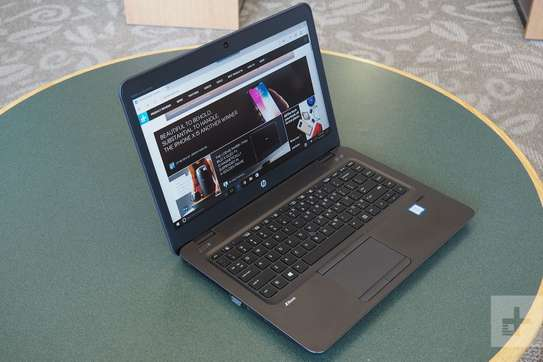 Hp zbook core i5 with radeon graphics card image 1