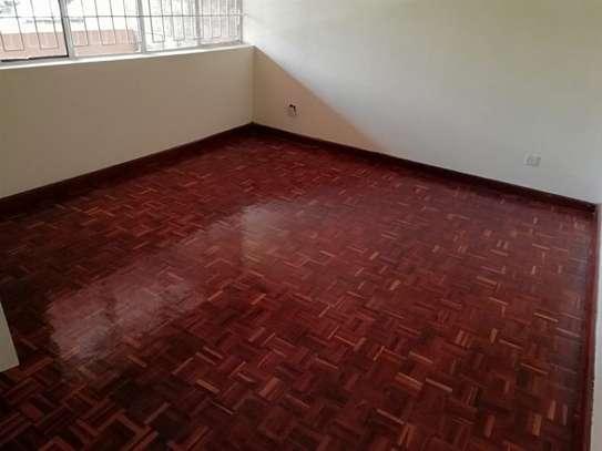 4 bedroom house for rent in Kileleshwa image 5