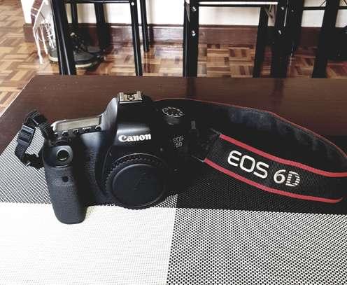 Canon EOS 6D (WG) plus Lens EF 24-105mm image 1
