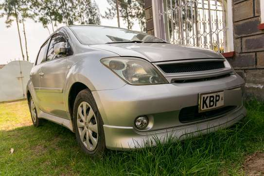 Toyota IST (Sport) 2005 Silver image 3