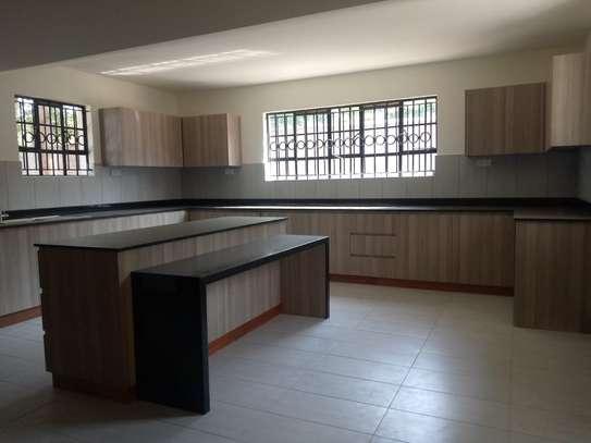 7 bedroom house for rent in Kitisuru image 10