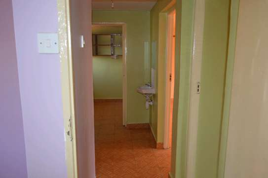 VERY SPACIOUS TWO BEDROOM TO LET image 4