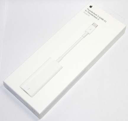Apple Thunderbolt 3.0 (USB-C) to Thunderbolt 2 Adapter image 3