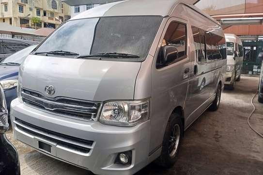 Toyota HiAce KDH222 image 6
