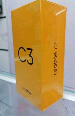New Realme C3 64Gb image 1