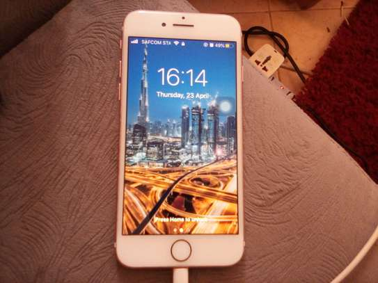Iphone 7 32 image 2