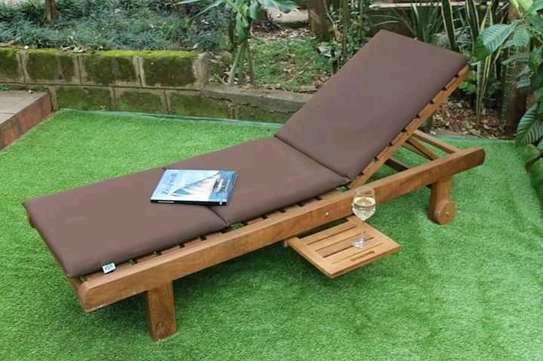 Sunbeds for gardens /lawns image 1
