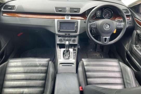 Volkswagen CC image 8
