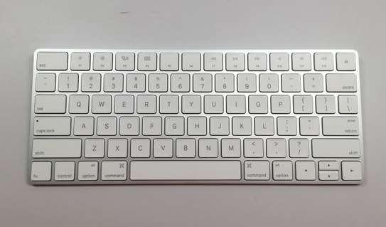 Apple Magic Keyboard image 3