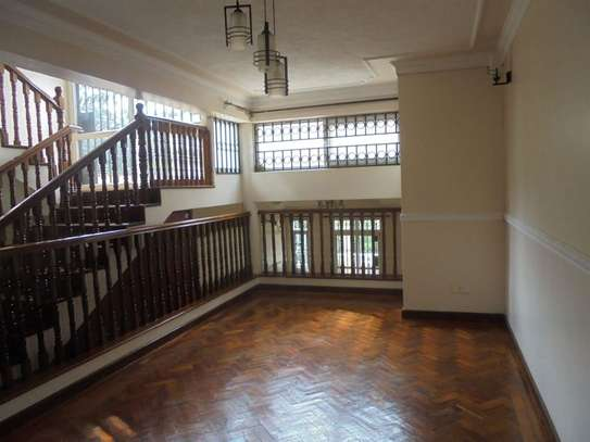 4 bedroom house for rent in Thigiri image 7