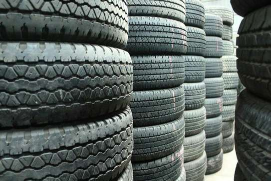 Almost new used tyres