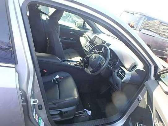 Toyota C-HR image 6