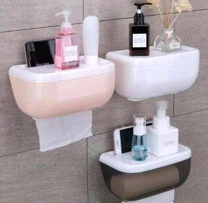 Toilet paper dispenser image 3