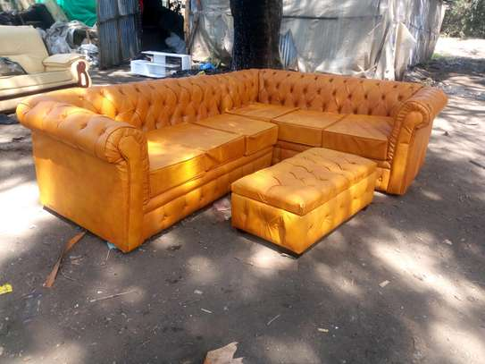 Chesterfield seat Lshape
