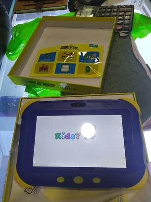 Zoom enabled tablet image 3