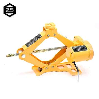 2T  Electric Jack and Wrench image 2