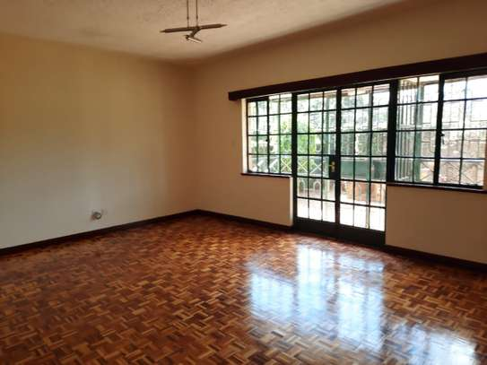 Lovely 3 Bedrooms House To Let in Kileleshwa image 3