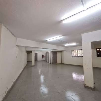 464 m² office for rent in Kilimani image 6