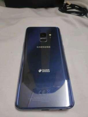 Samsung Galaxy S9 : 256 Gigabytes : 5 Phone Cases image 2