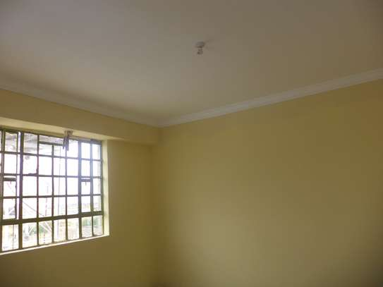 10000 ft² warehouse for rent in Juja image 5