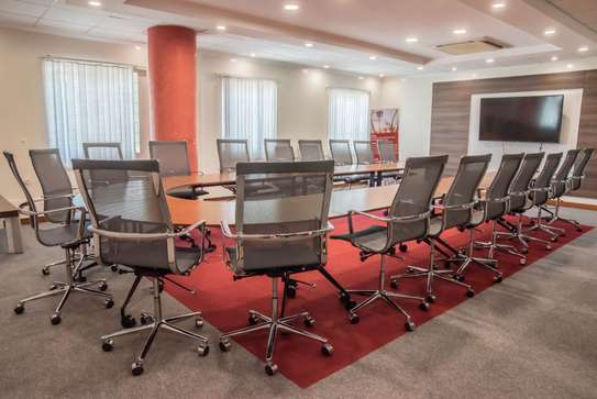 Boardroom Round Table image 2