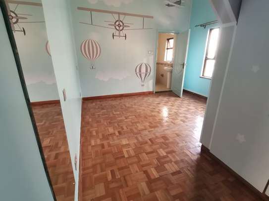TASTEFULLY DESIGNED 3 BEDROOMED APARTMENT ALL ENSUITE WITH DSQ image 15