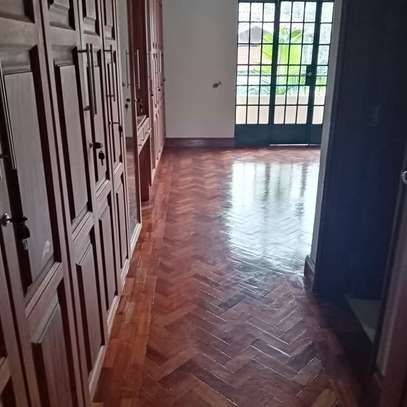 AN EXECUTIVE 4 BEDROOMS TOWNHOUSE WITH DSQ image 1